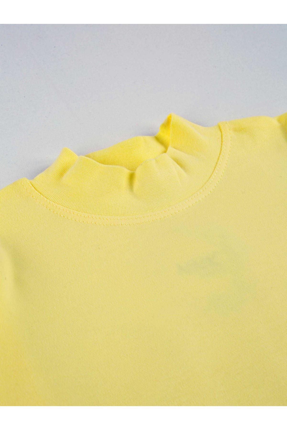 Yellow Turtleneck Female Child Badi
