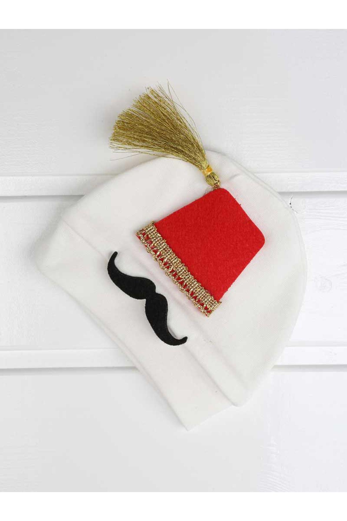 White Baby Rompers Suit Boy Ottoman Fez Newborn Clothes 4 pcs set cotton soft Boys clothing models for babies