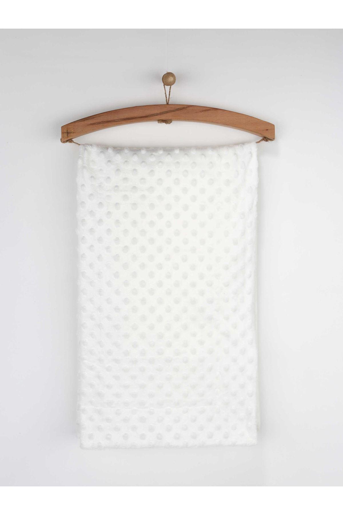 Beyaz 80x100 cm Nohut Desen Bebek Battaniye