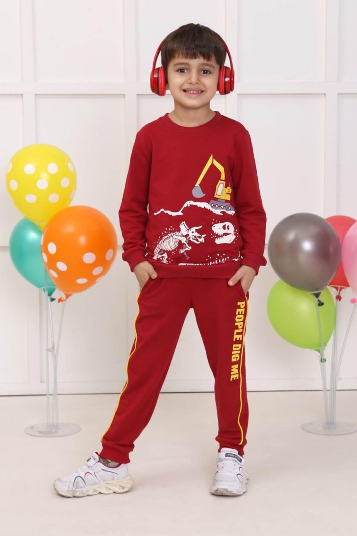 Red Seasonal Male Child 2 li Suit