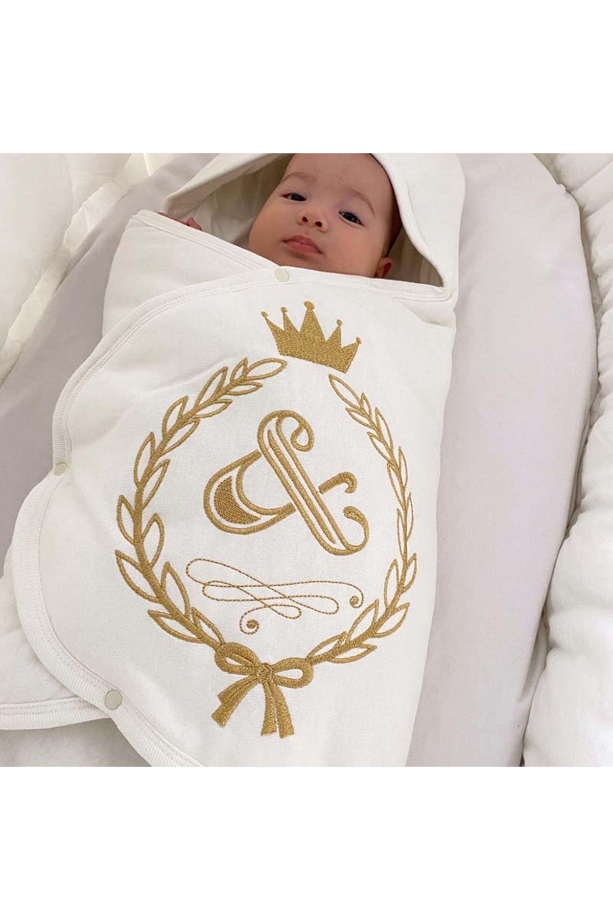 Krem Taçlı Nakışlı Bebek Kundak Alt Açma