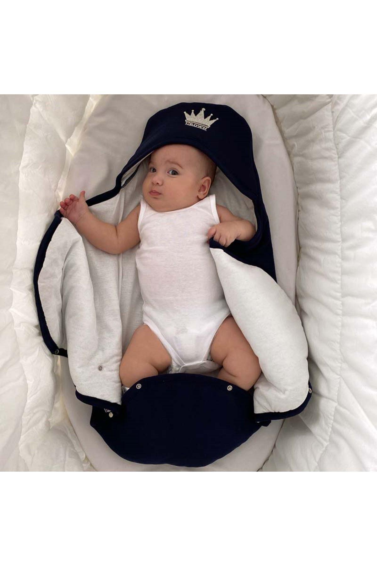 Lacivert  Taçlı Nakışlı Bebek Kundak Alt Açma