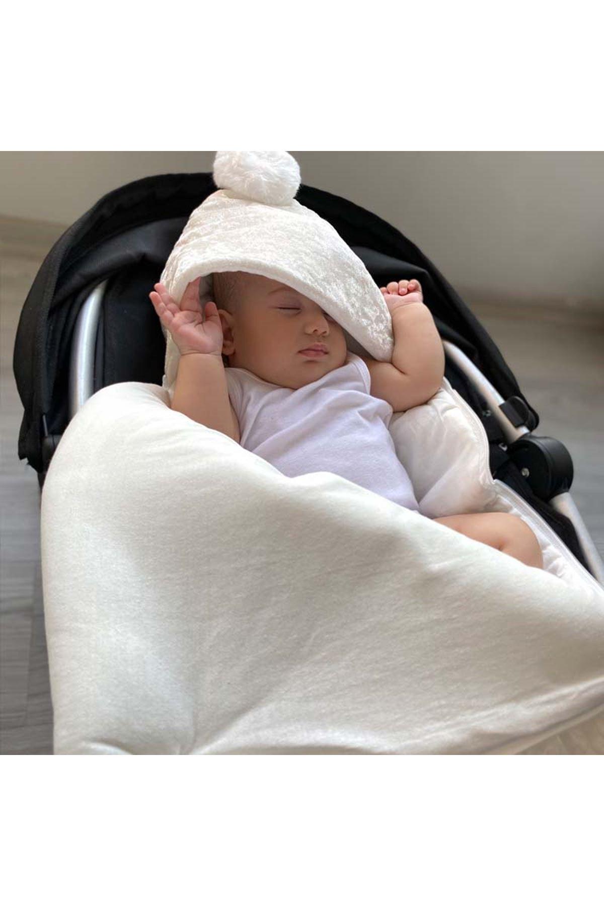 Krem Kadife Kapitone Kraliçe Taçlı Bebek Kundak